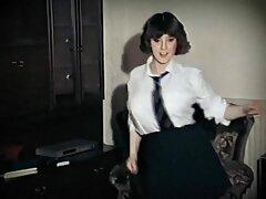 تخیلات وابسته به عشق شهوانی از سکس زیباترین زن جهان یک سبزه جوان روسی در دستشویی