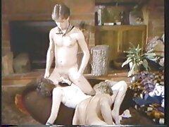 دانش آموزی با دم اسبی بلند ، دیک معلم را می مکد تا جلسه را ببندد زیباترین سیکس جهان