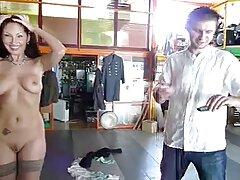سبزه روسی Nastya را در دهان دوربین عکاسی آماتور می زیباترین سکس دنیا زند