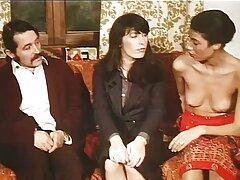 مرد برنزه سوراخ های نوک سکس زیباترین زنهای دنیا سینه های مطیع را در رختخواب خراب کرد
