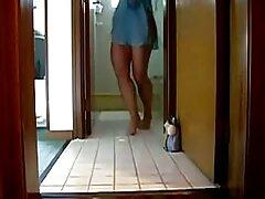 من در اینترنت ملاقات کردم و زیبا ترین سکسی در خانه دوربینی کردم